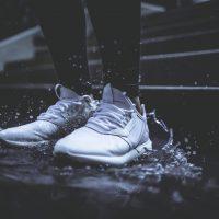 Jak zabezpieczyć buty przed wilgocią?