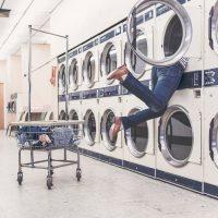 Jak prać buty w pralce?