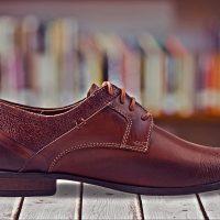Jak pielęgnować buty ze skórzaną podeszwą?