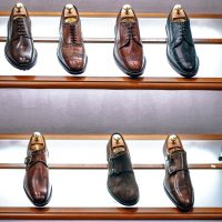 Dlaczego opłaca się kupować droższe buty skórzane?